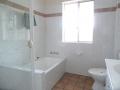 Unit-4-bathroom1_rs
